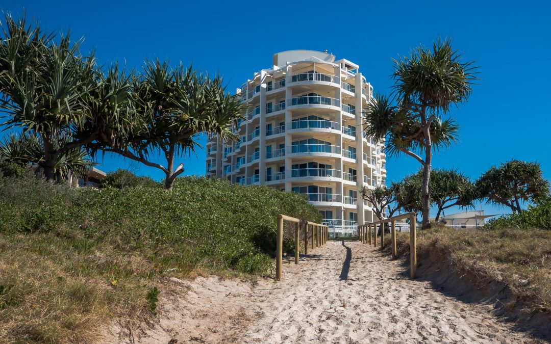 Book Cheap 1, 2 and 3 Bedroom Palm Beach Holiday Accommodation Today
